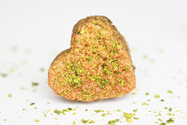 Hjertekager med pistacienødder, citron og Toscano Brown