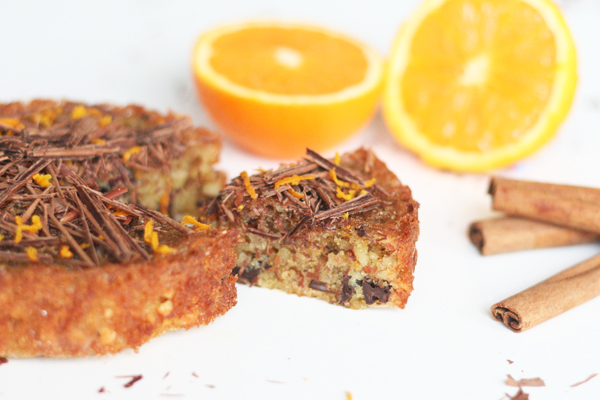 Nøddekage med appelsin og kanel