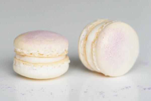 Macarons med kastanje, hvid chokolade og pufsukker
