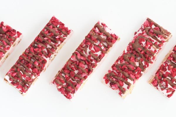 Fransk nougat med hindbær og Amedei Toscano Brown