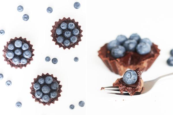 Minitærter med mokka, chokolade og blåbær