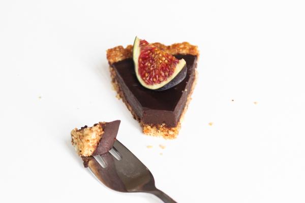 Figentærte med mørk chokolade