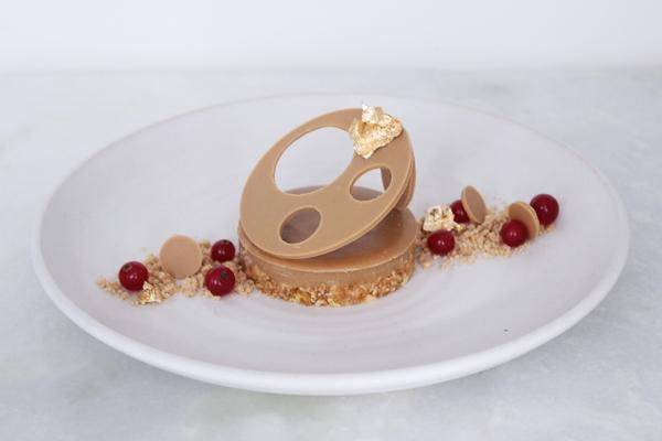 Nytårsdessert: Dulcey-dessert med havsalt og ribs