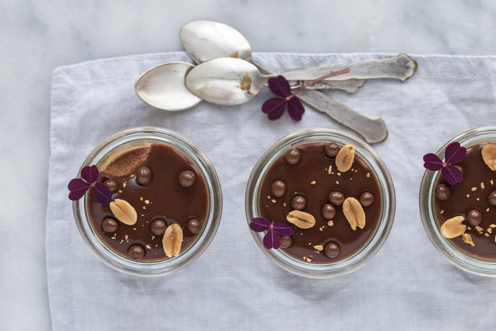 Chokolademousse med peanutbutter