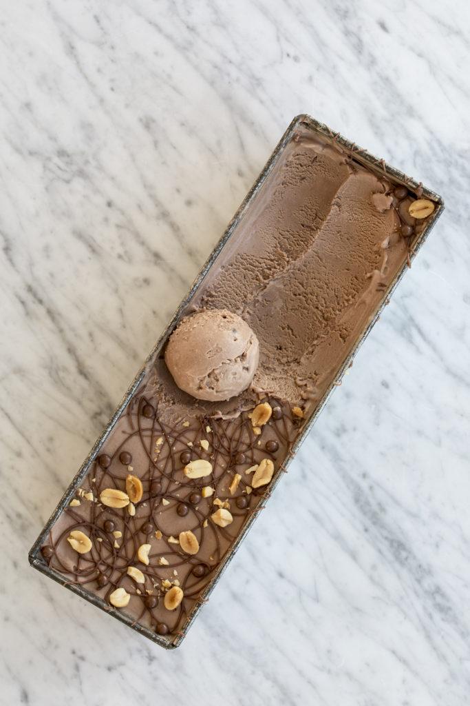 Chokoladeis med peanutbutter