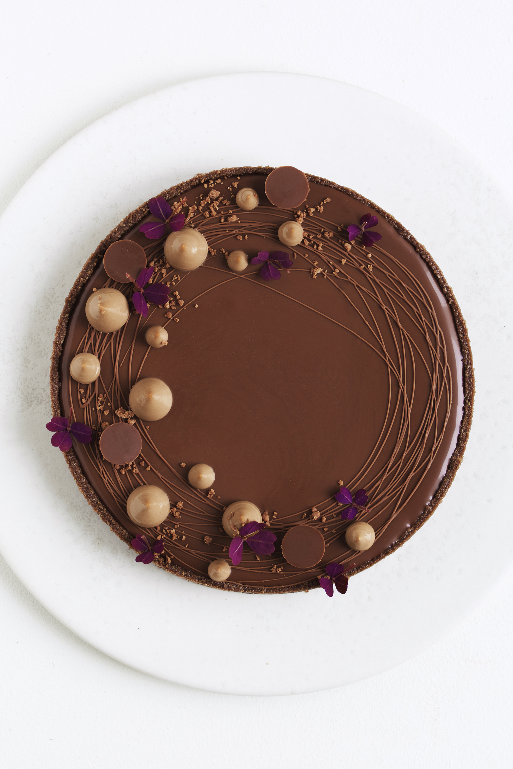 Chokoladetærte med hasselnød