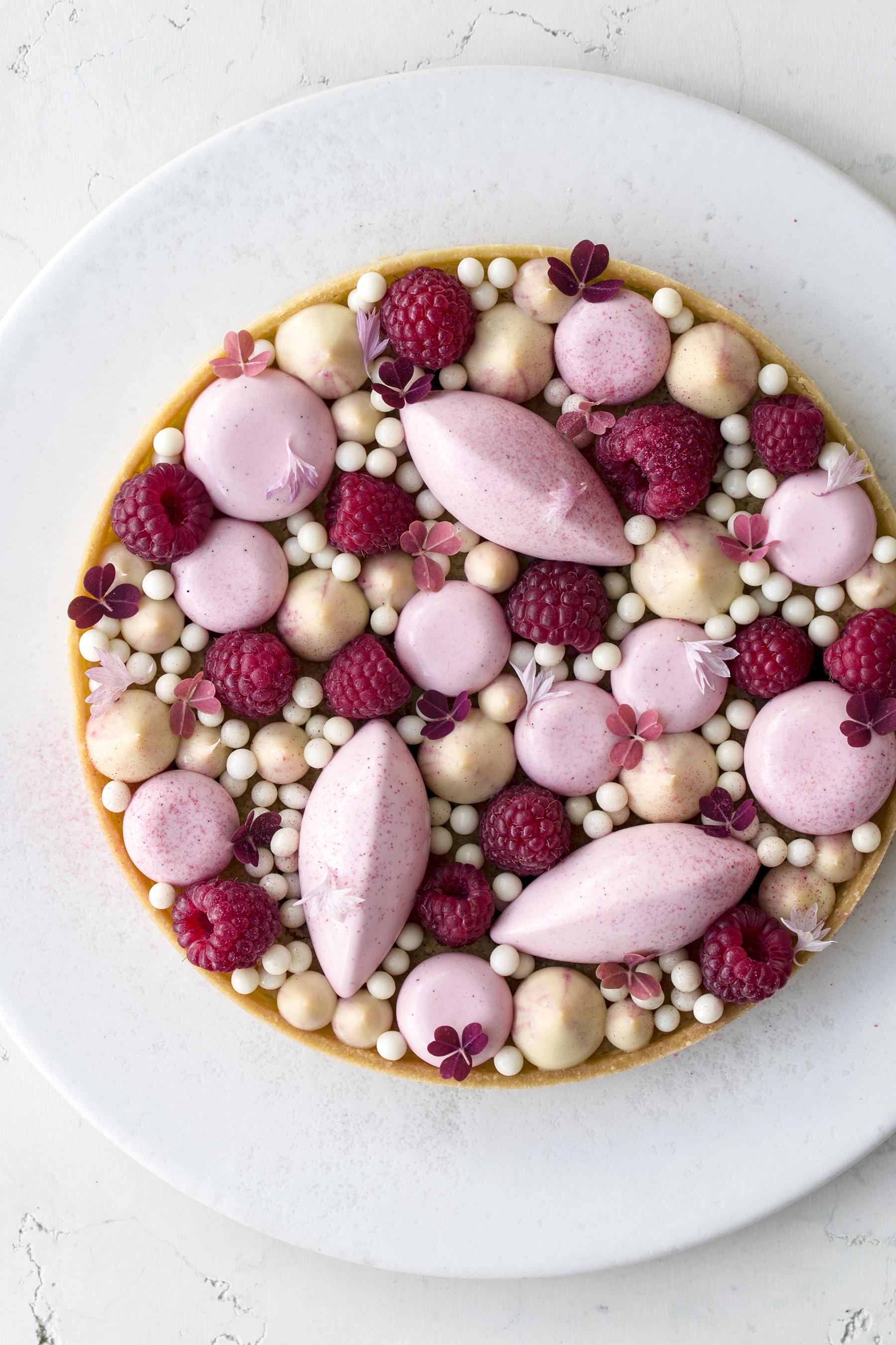 hindbærtærte med frangipane og hindbærmousse